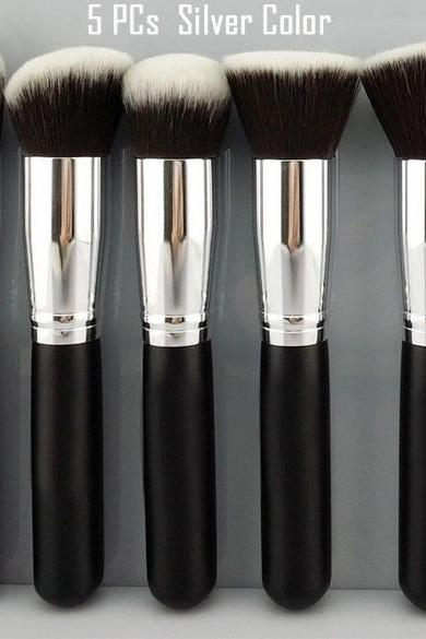 The high quality 5 pc brush set